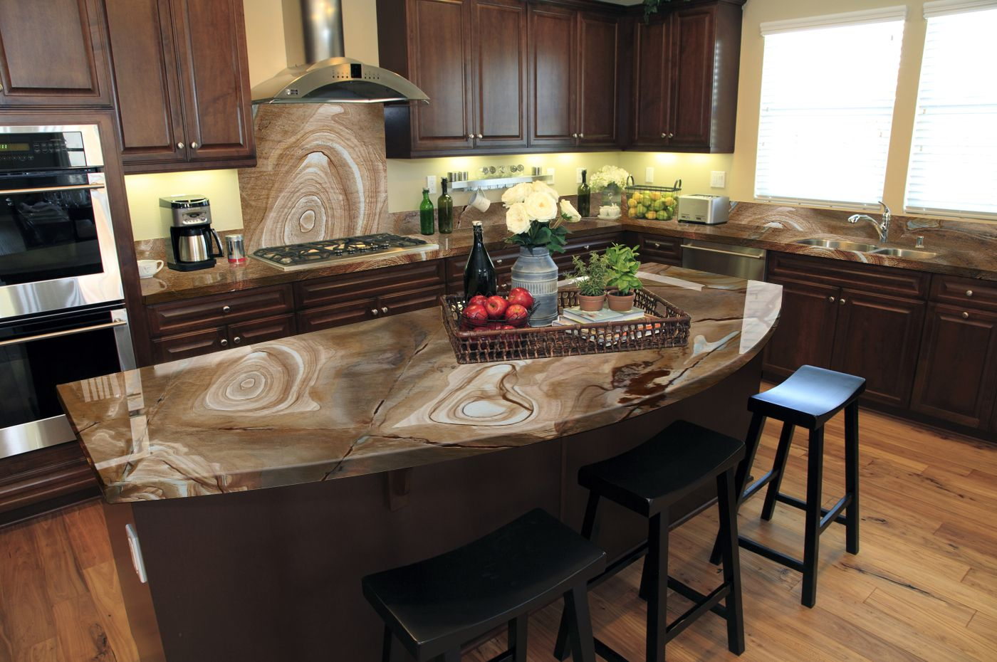 Are You Looking For An Aesthetically Pleasing Kitchen Design In Pompano Beach With Kitchen Island With Granite Top Custom Kitchen Island Curved Kitchen Island