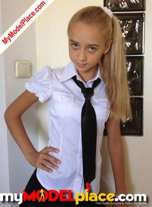new model portfolio added by teen model hanna at