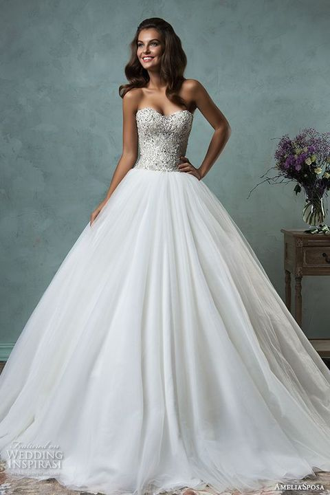 907691f28f7 ... on their big day they want to look like princesses