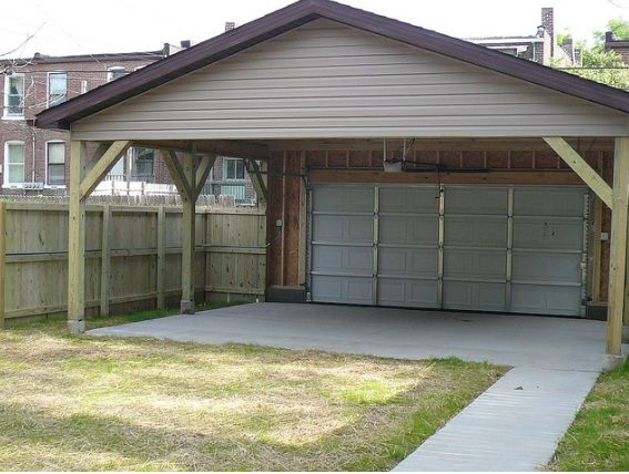 We Call This A Garage Port Half Garage Half Car Port Great For City Living Privacy Fence And Garage Door Offer Priv Backyard Design Backyard Patio Garden