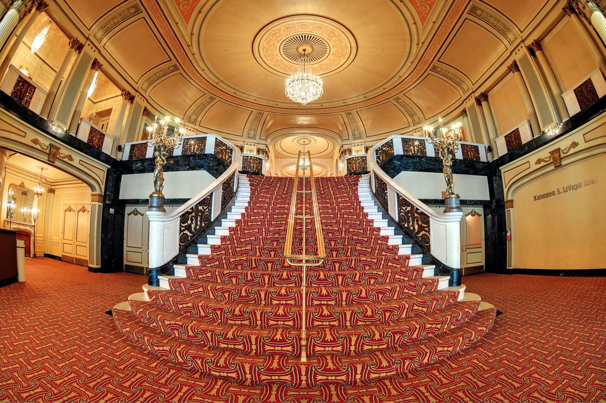 The Palace Theatre Grand Staircase Columbus Oh Theatre Architecture Ohio Ohio Travel