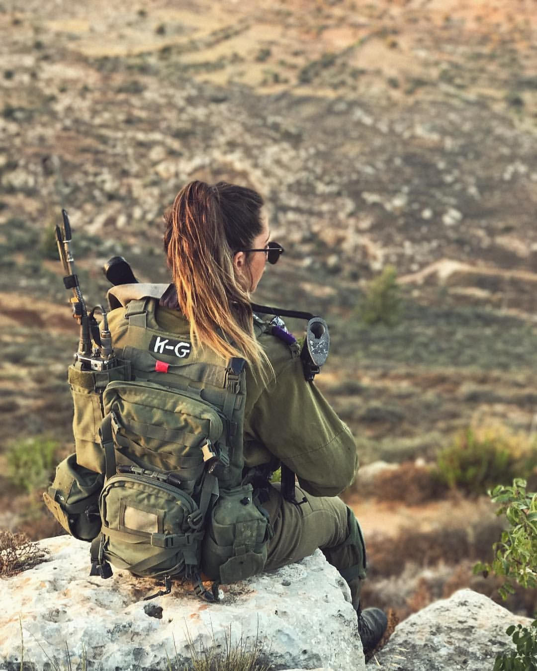 IDF Girl Soldier | Military girl, Female soldier, Military women