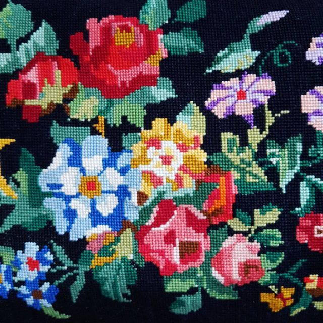Happy post from France! It's even better than the photos online. Need to unpick and add a new pad as it's a bit lumpy inside. But will look perfect in the living room gracing one of my wingbacks. #vintagehome #tapestry #vintageflorals