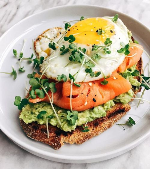 Sourdough Toast with Mashed Avocado, Smoked Salmon amp; Egg cookwithlisha - New York City Feelings