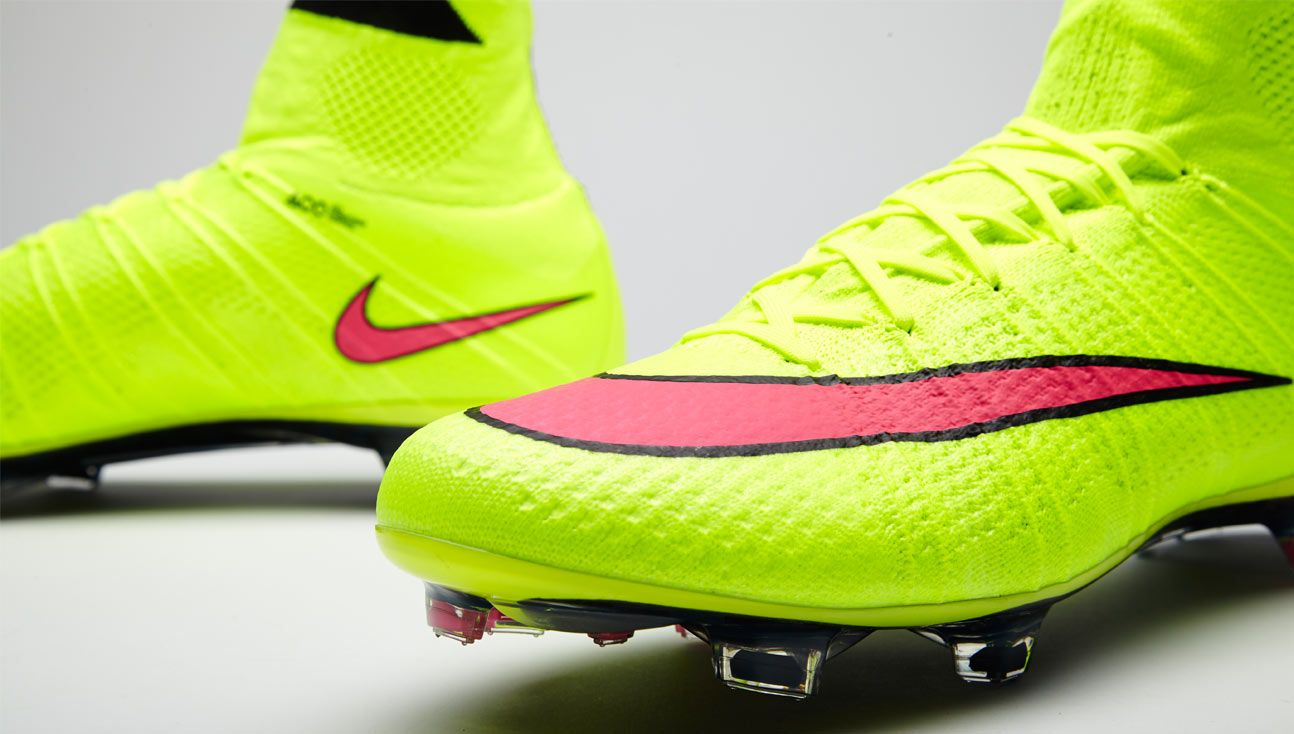 the best attitude f349d 5962a Nike Mercurial Superfly IV