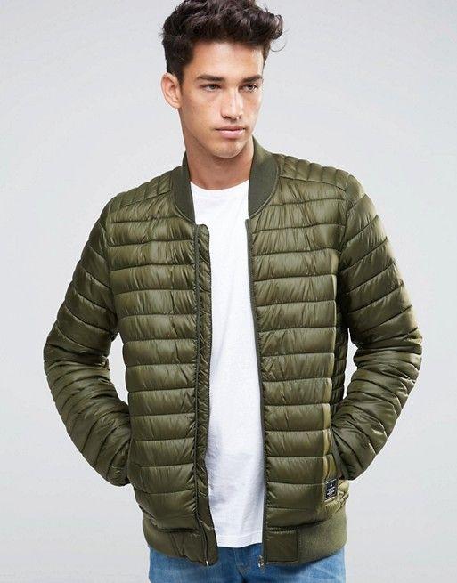 Esta chaqueta vale tan solo y es perfecta para ir cómodo y muy abrigado  este invierno. El color caqui sigue siendo tendencia.
