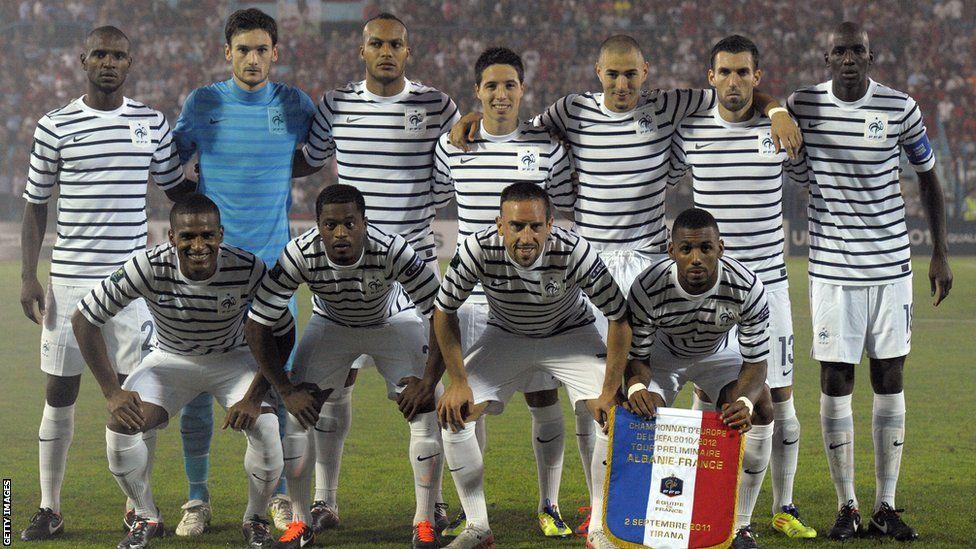 Football Kits Iconic Strips From Moore To Maradona France National Football Team Bbc Football Football