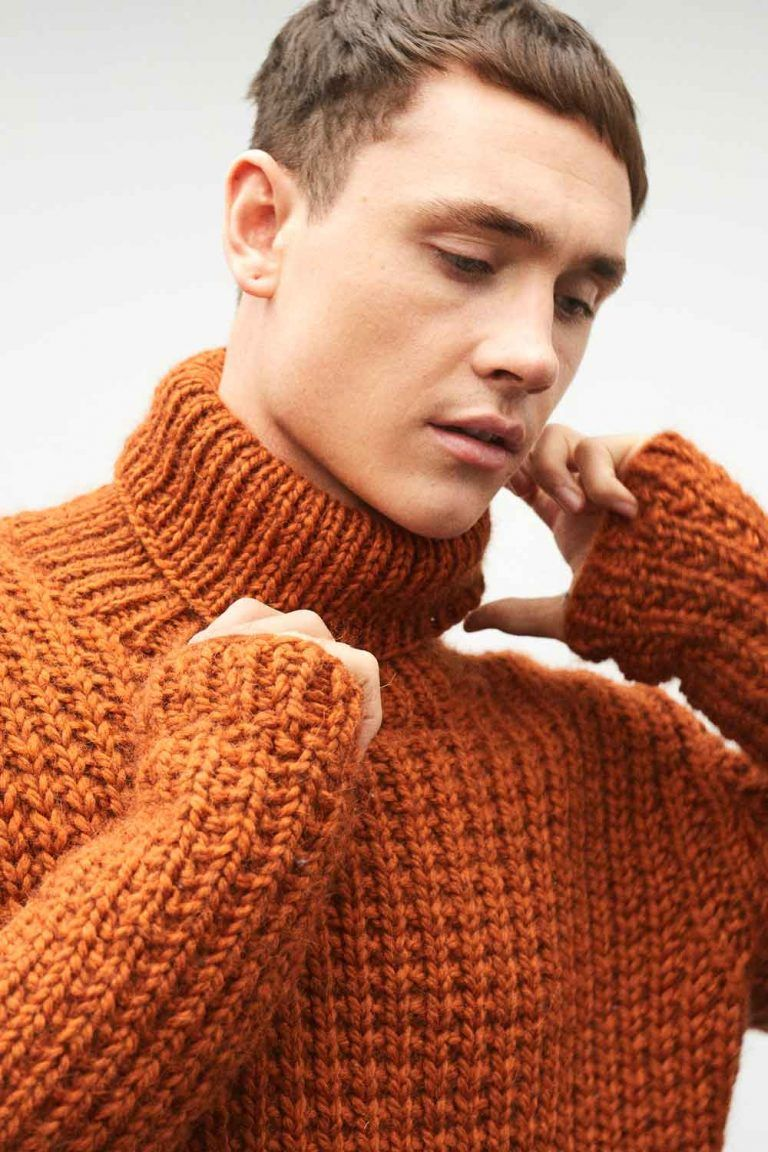 f543a21ce894 Mens Chunky Hand Knit Roll Neck Jumper