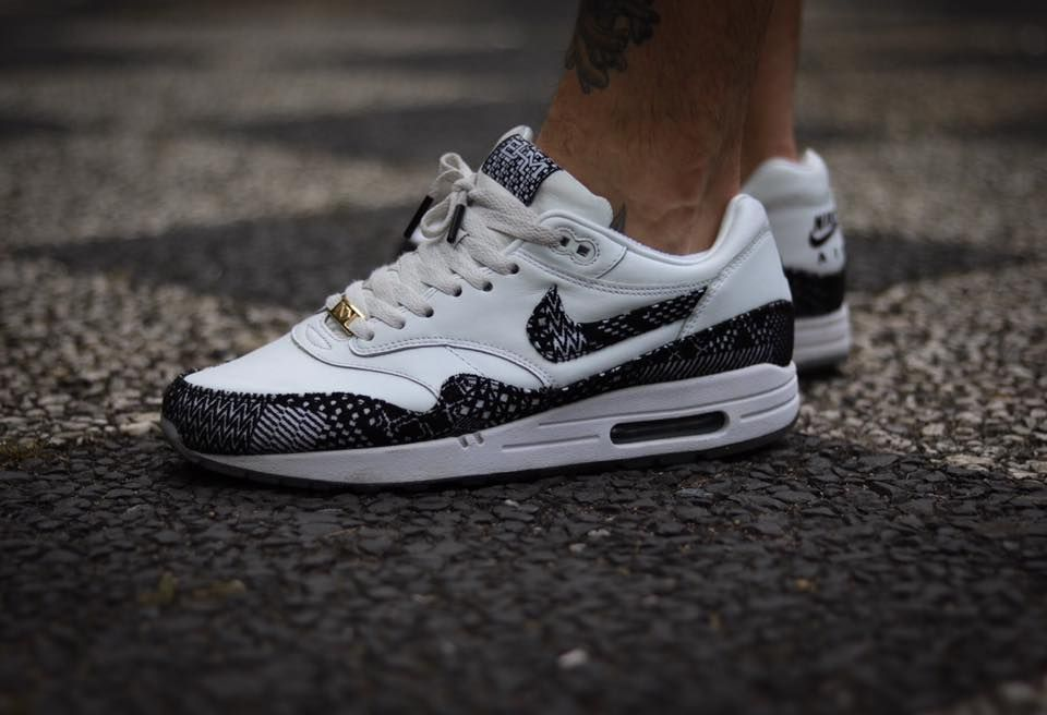 Nike Air Max 1 Black History Month (by tupscnvlt) | Nike Air