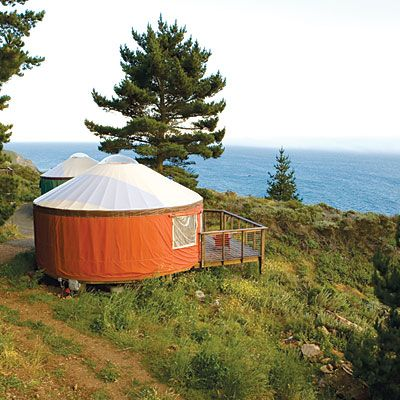 42 best cabin getaways big sur and yurts for Big sur cabin
