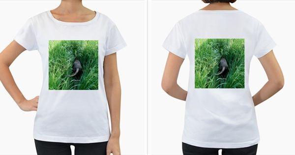Weim+In+The+Grass+Women's+Loose-Fit+T-Shirt+(White)