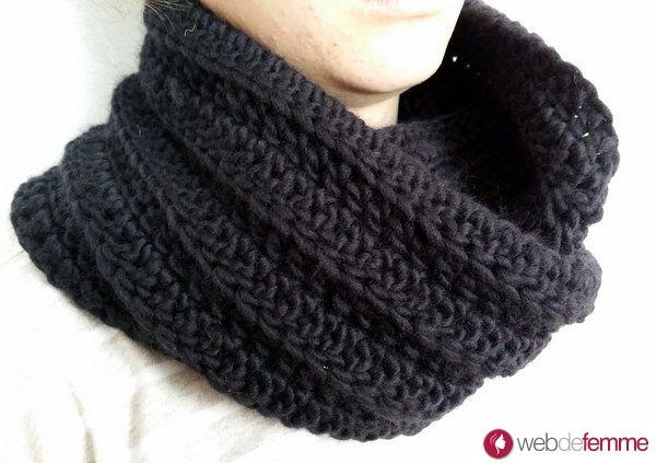 tuto snood col facile au crochet tricot pinterest crochet snood and tricot. Black Bedroom Furniture Sets. Home Design Ideas