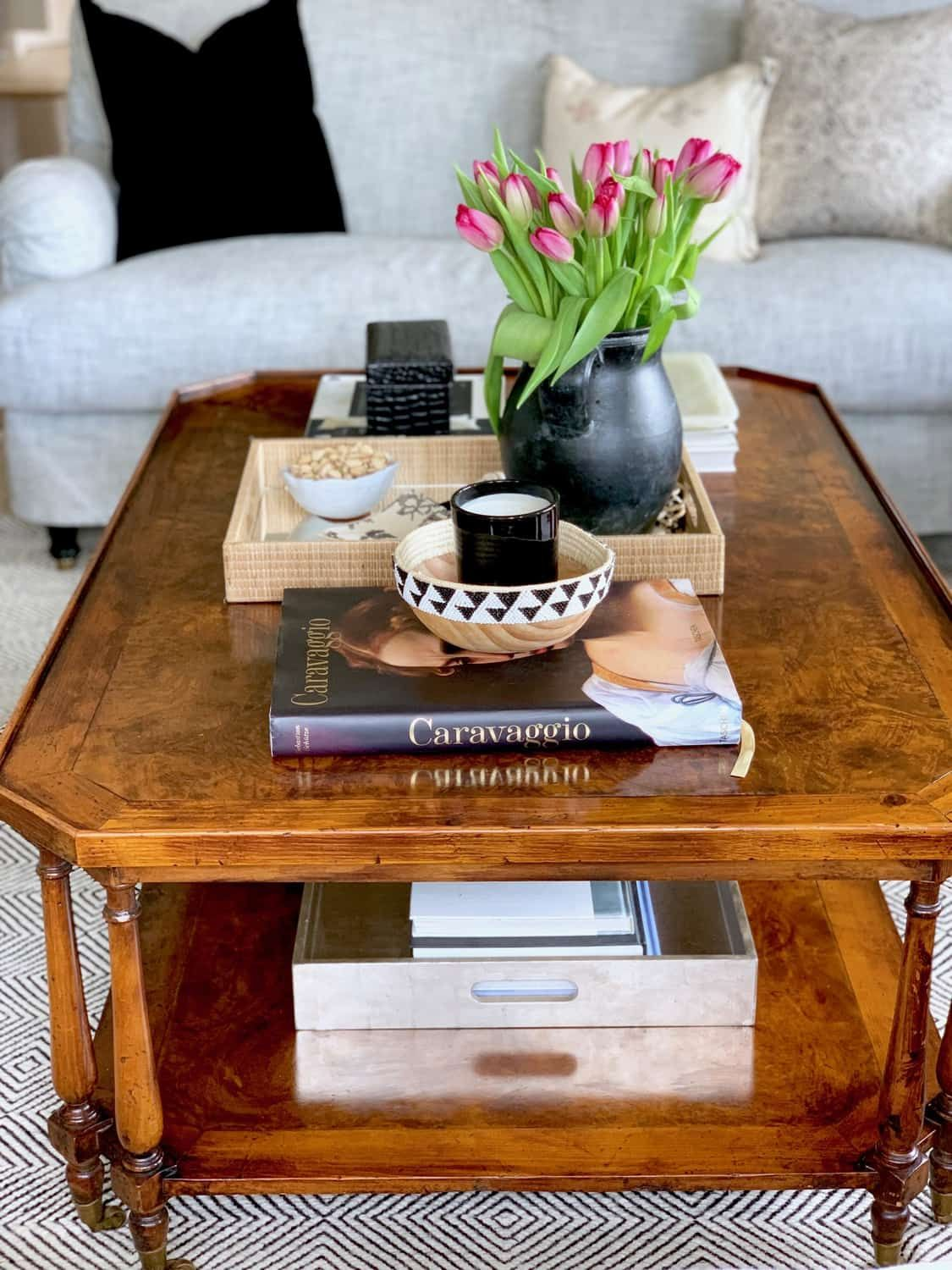 Five Basic Steps To Style Your Coffee Table Classic Casual Home Simple Coffee Table Coffe Table Decor Coffee Table