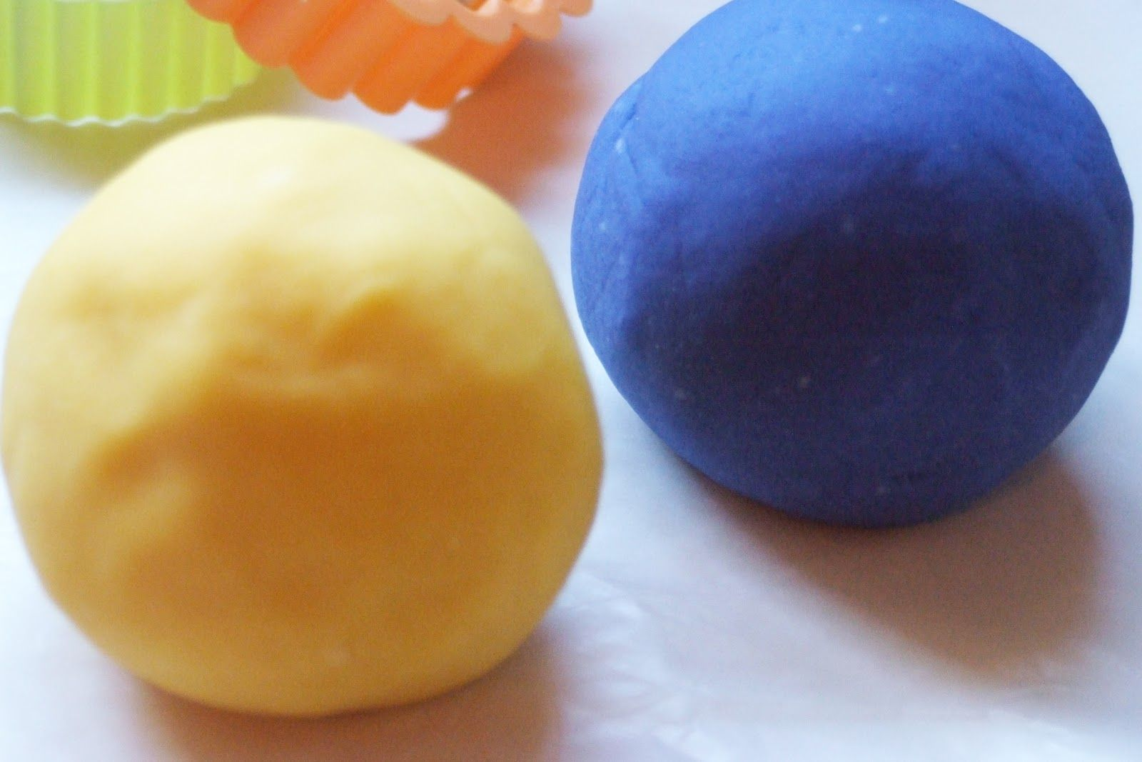 how to make play dough from scratch