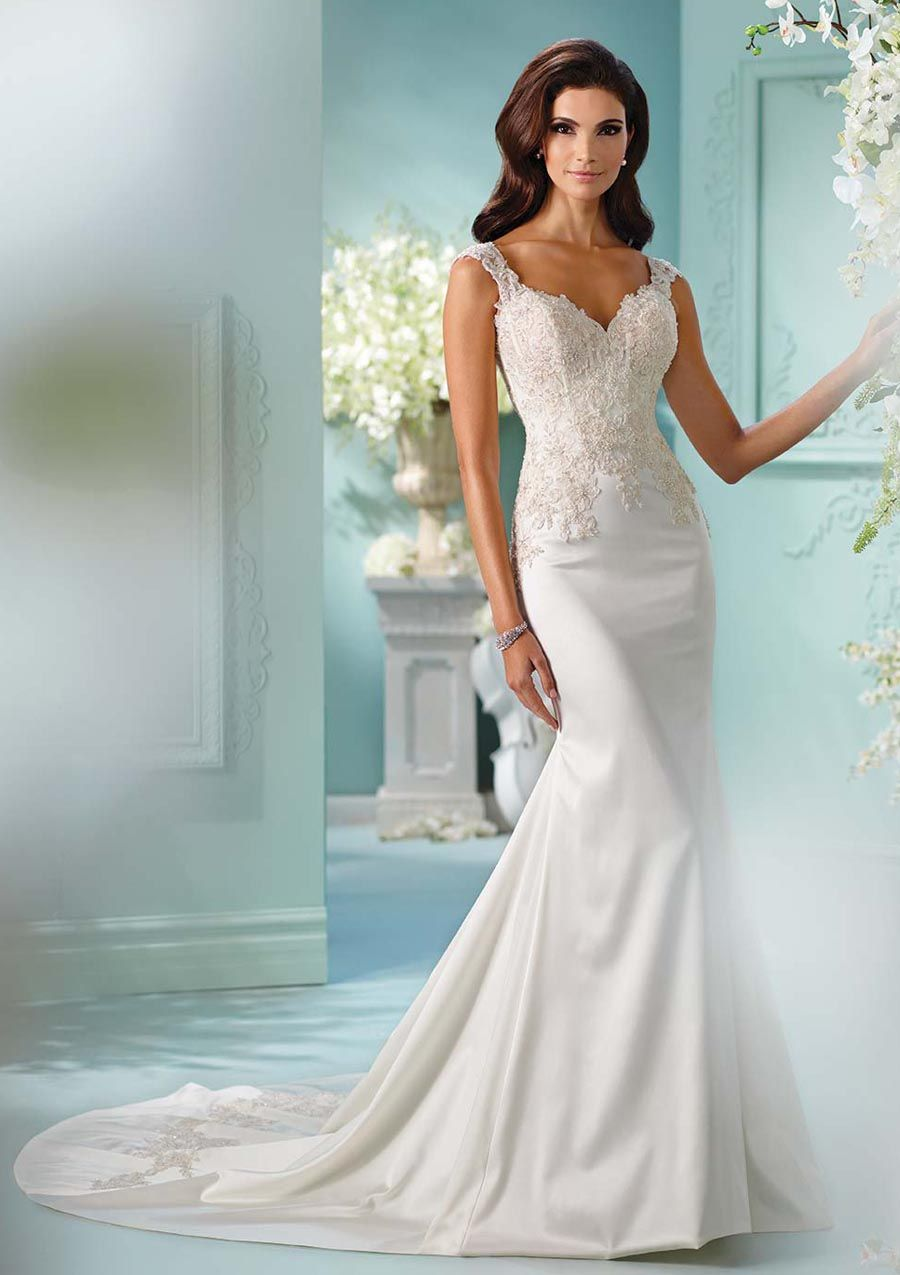 Kanten trouwjurk. Sophia Tolli trouwjurk by Mon Cheri model 216244 ...