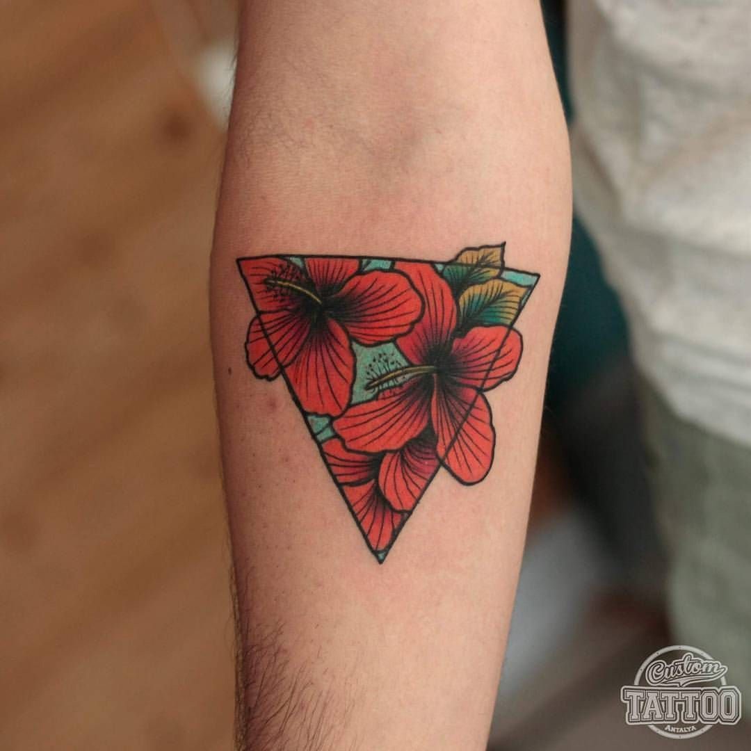 custom tattoo antalya flower into triangle intenzetattooink tattoos pinterest. Black Bedroom Furniture Sets. Home Design Ideas