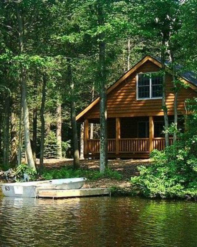 Lake cottage waterfront Debbie Orcutt Lake cabins, Lake