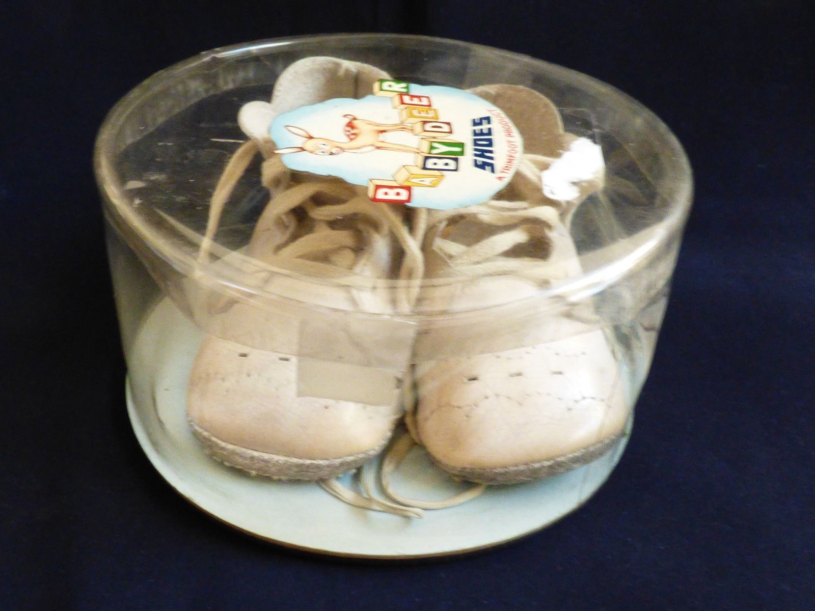 VTG Baby Deer Shoes w laces White Leather with original box by