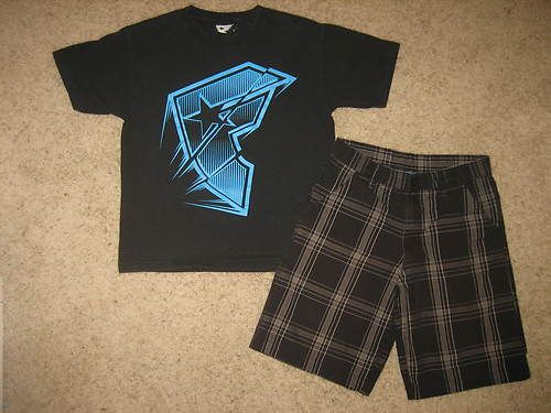 Boys Burnside Plaid Skate Shorts Sz 12 Famous Stars Straps T Shirt Sz L | eBay