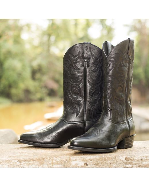 9aa341b1f93 Pin by Country Outfitter on Ariat Boots