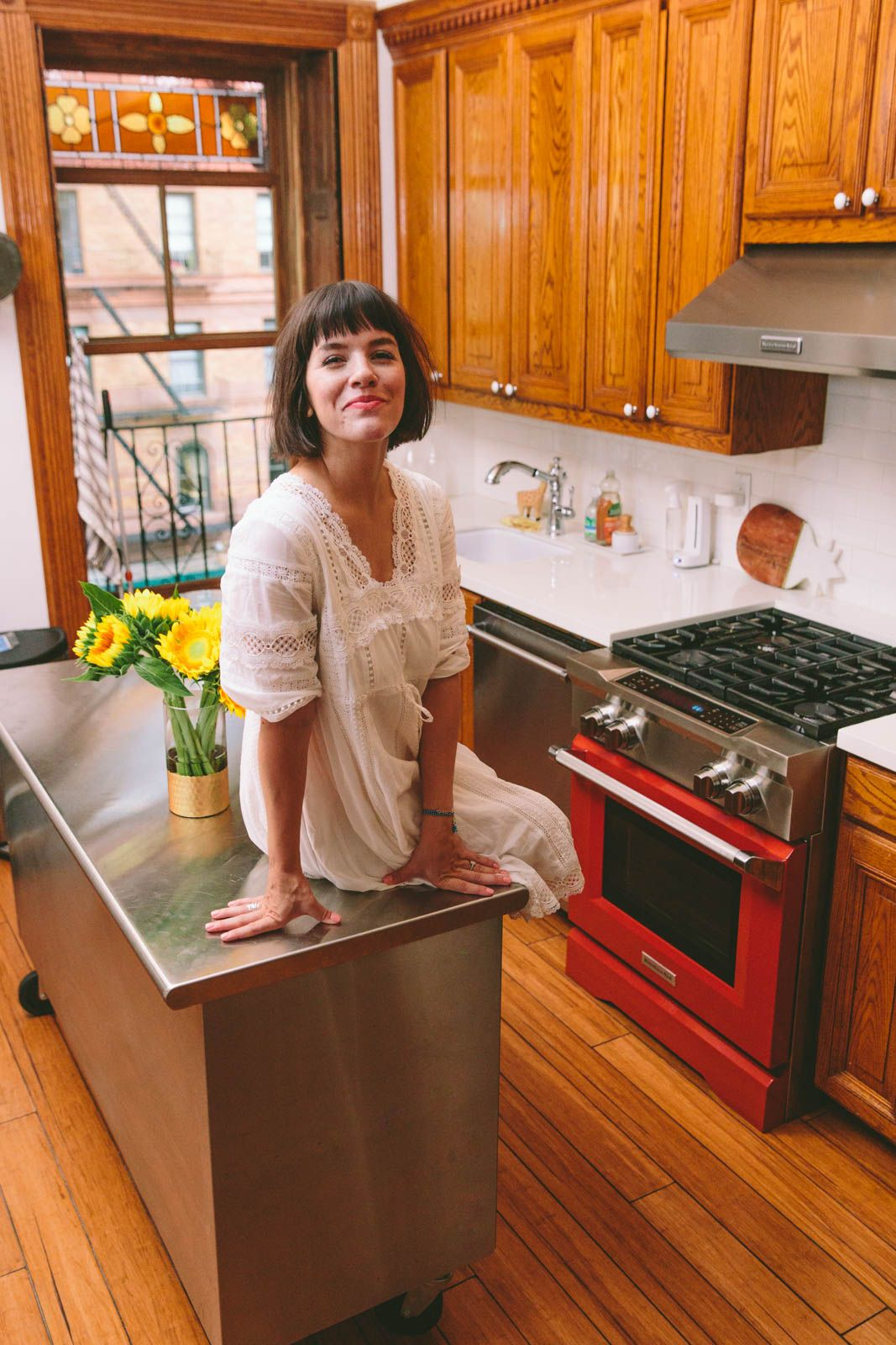 Pin By Aaron Miller On New York City Apartment New York City Apartment City Apartment Apartment Kitchen