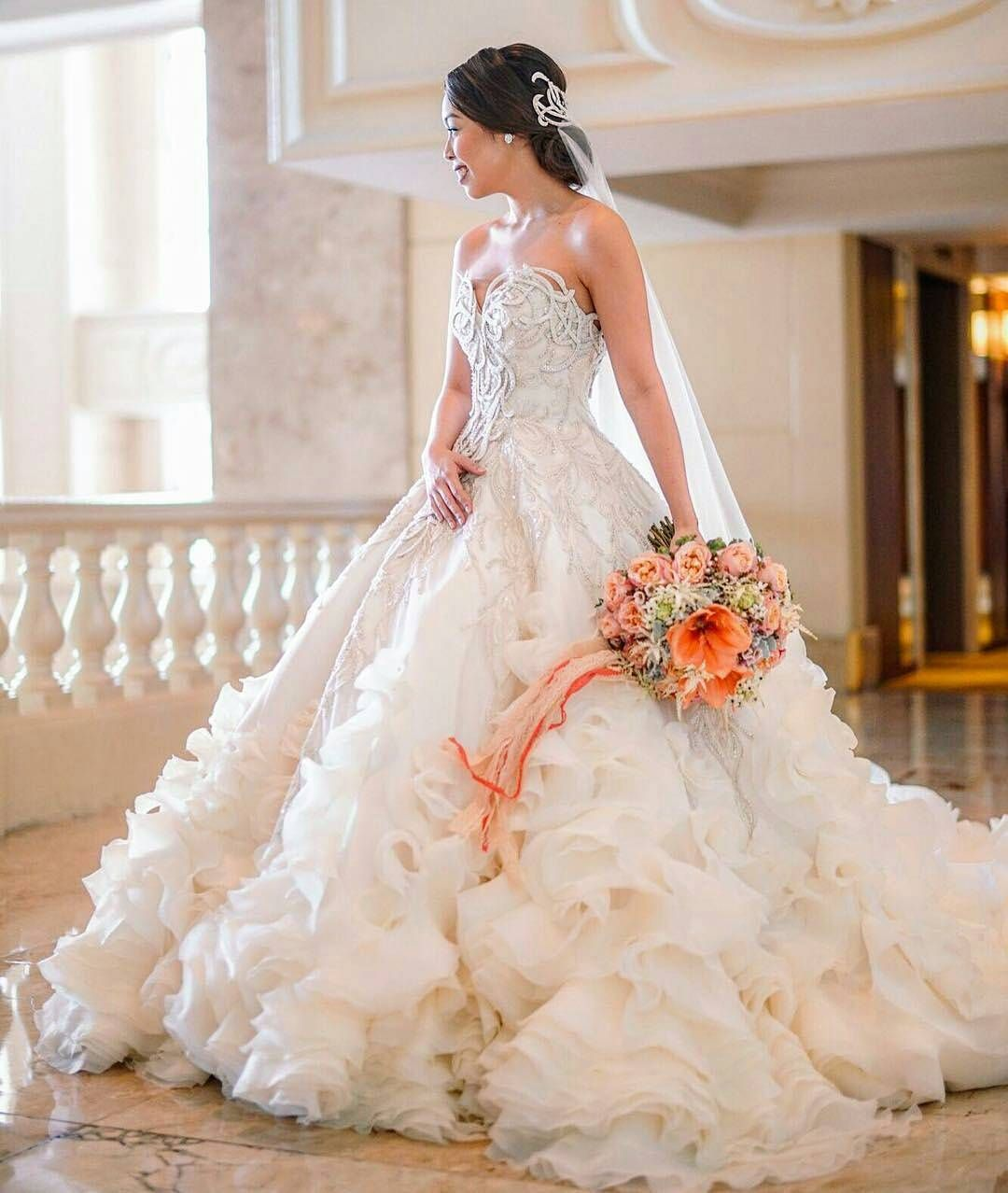 The Perfect Wedding Gown: Every Girl Dreams Of The Perfect Wedding