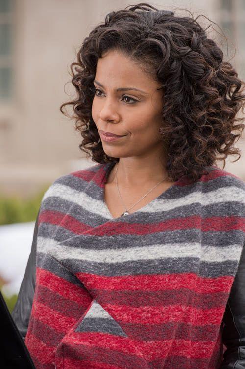Sanaa Lathan Curly In 2019 Sanaa Lathan A Good Man Black