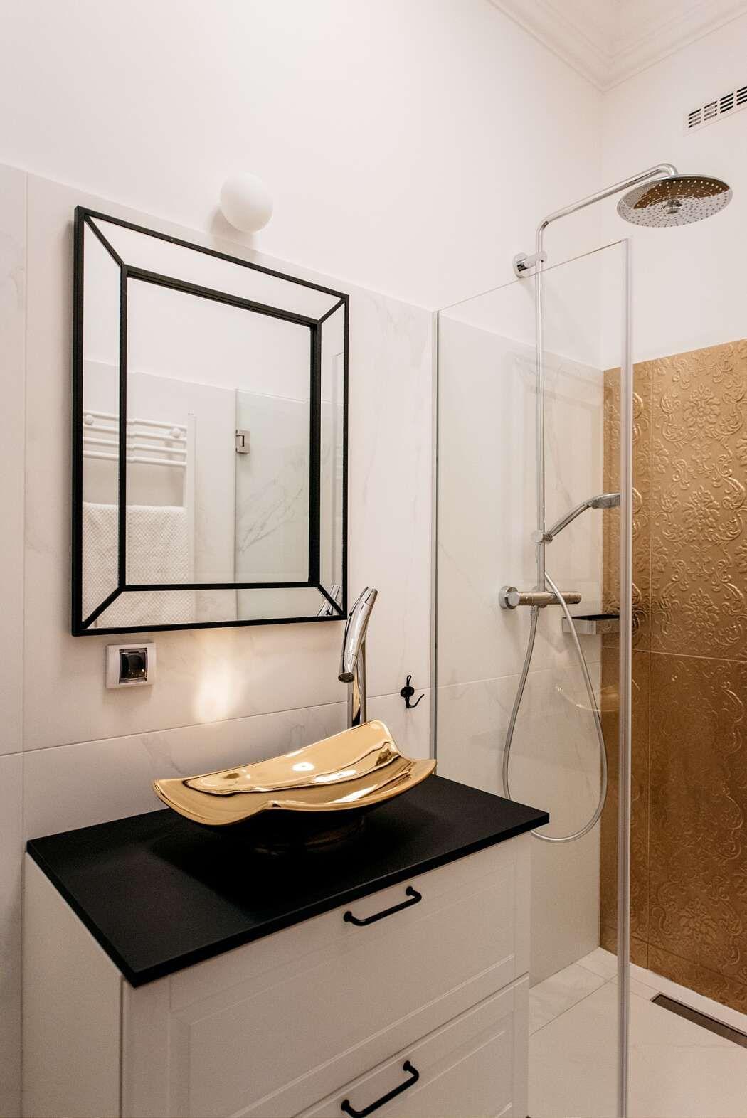 Zagreb Apartment By Mirjana Mikulec Interiors Interior Black And White Tiles Round Mirror Bathroom