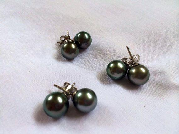 Tahitian black pearl stud earrings with silver by PearlfromHeaven