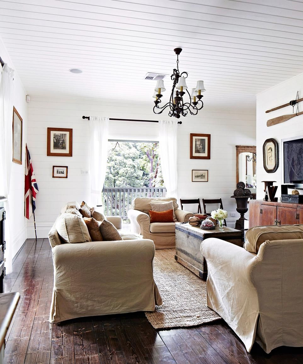 A Guide To Modern Country Style is part of Country Home Accessories Colour - Australian country style has been reinvented with a contemporary twist! Get expert advice on how to create your own modern country home