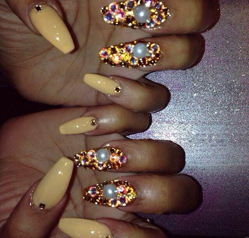 Rhinestones ballerina shaped nails - Rhinestones Ballerina Shaped Nails Fancy Nails Rhinestones