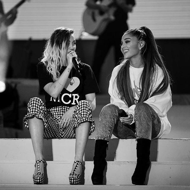 Fsℓℓsw Me Ryaihcesssryaisi Ariana Grande Ariana Grande Fans