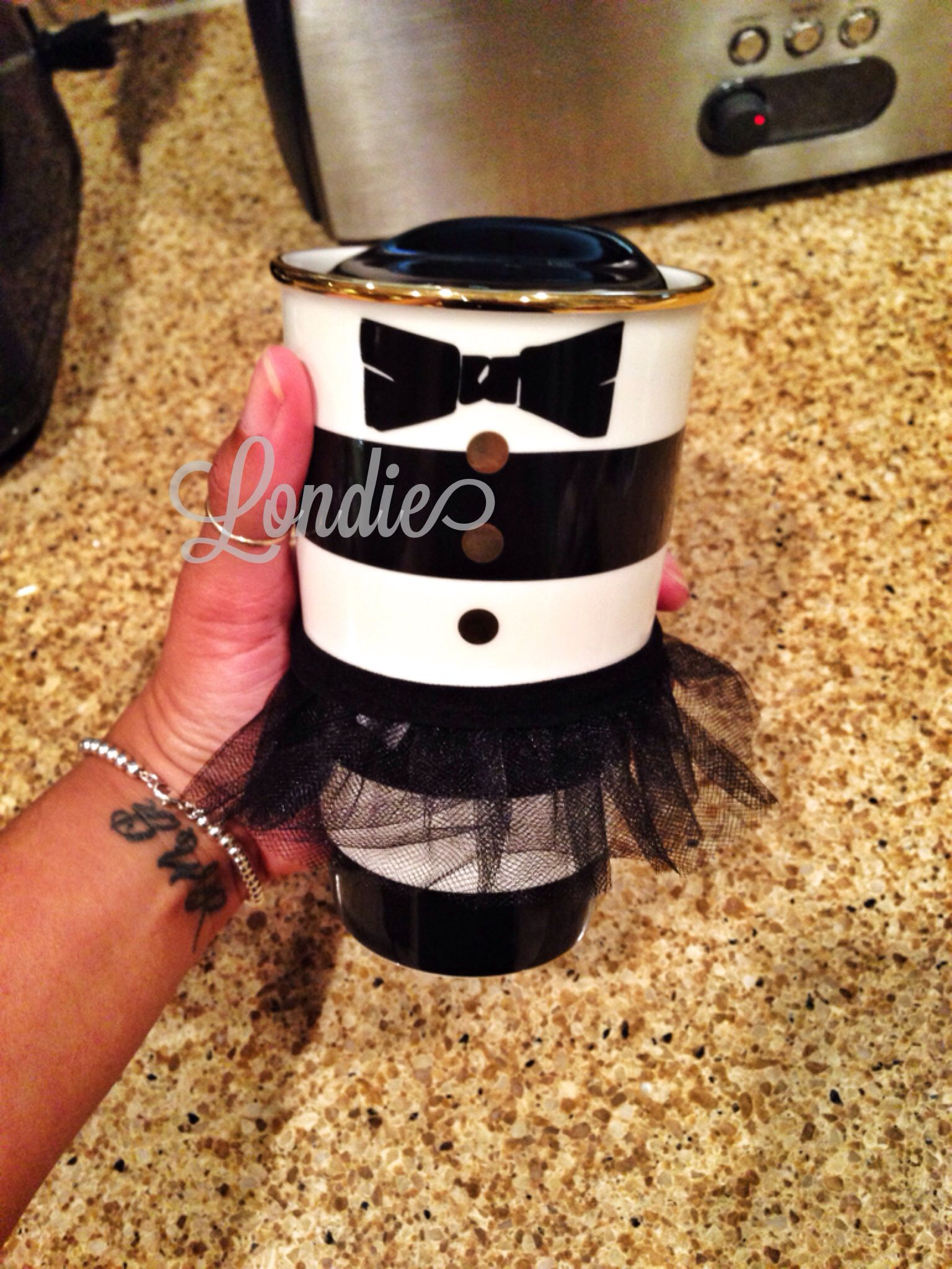 Starbucks Alice+Olivia travel coffee mug! It\'s soooo cute ...