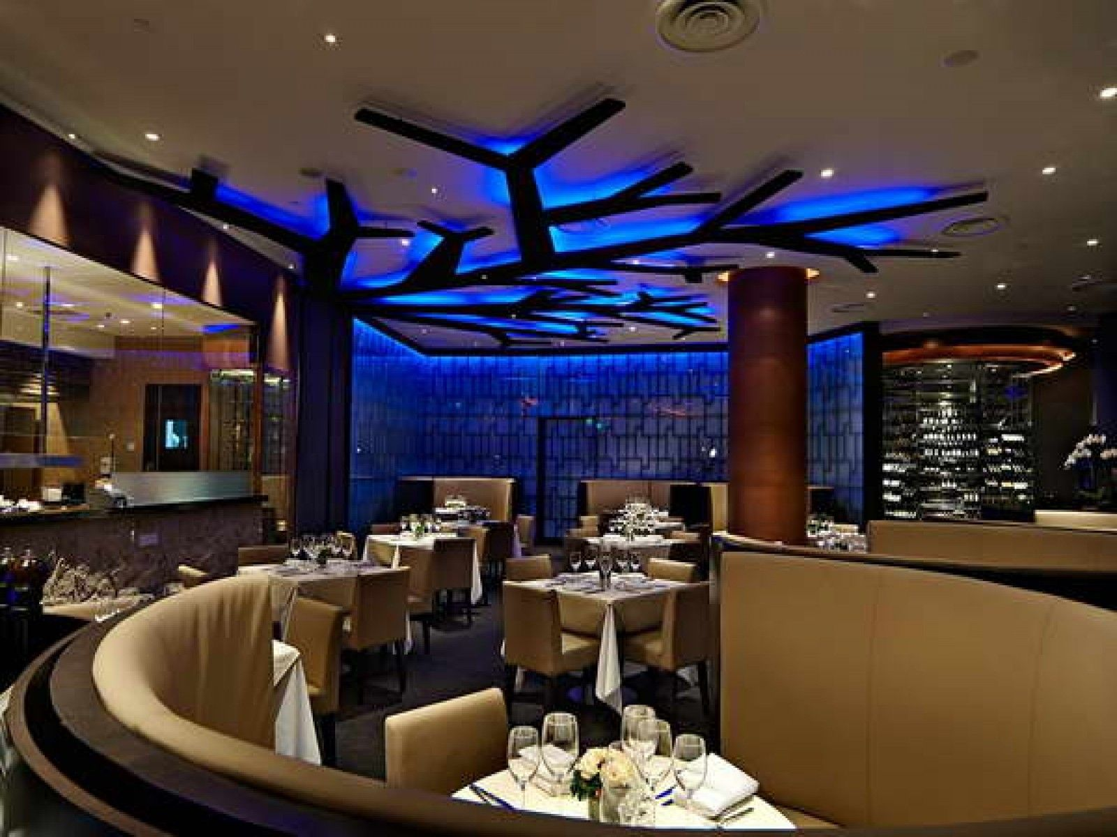 Personable Restaurant Design Concepts With Material Selection