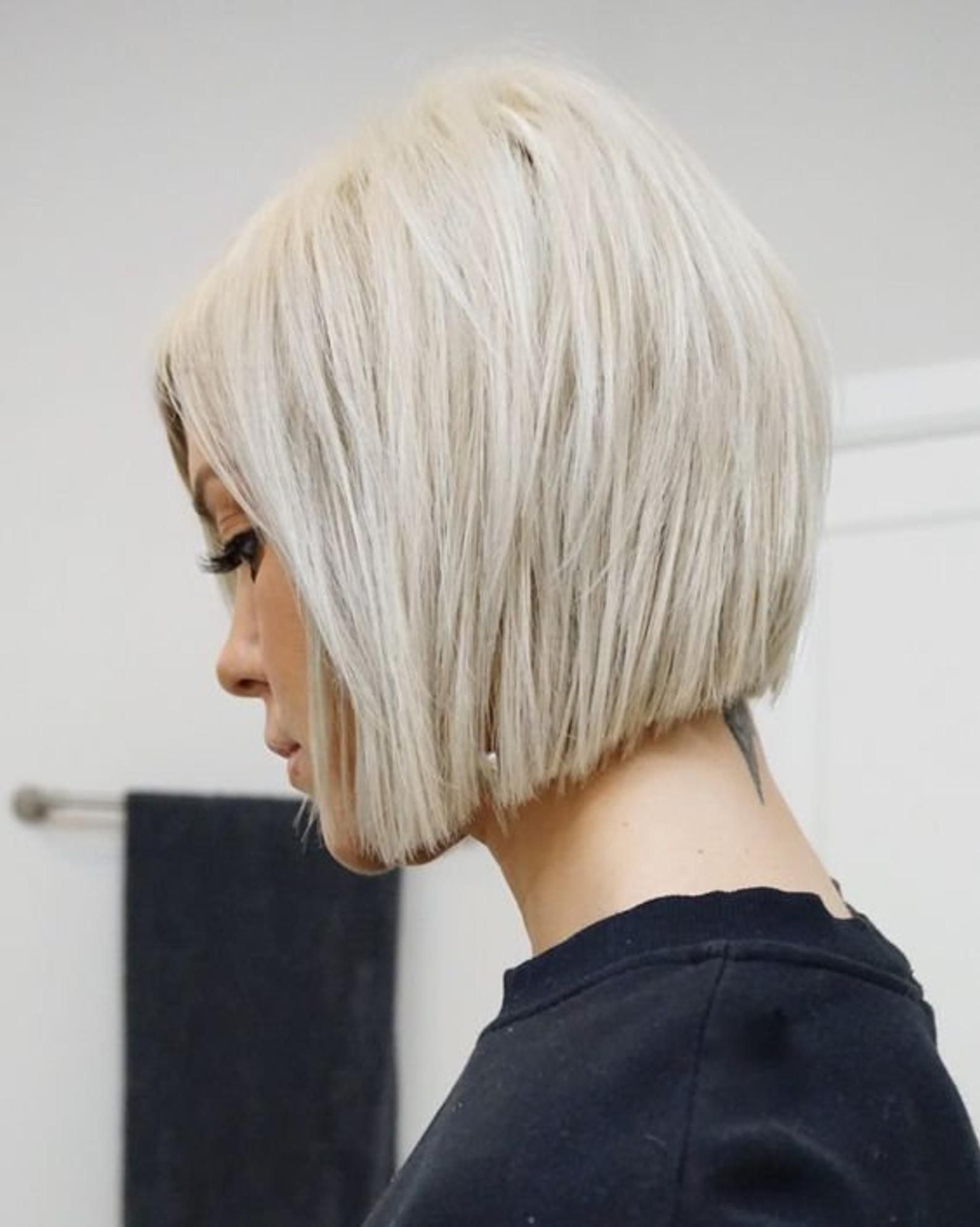 Lace Front Wigs Bob Wigs Platinum Blonde Wig Short Blonde Wig Etsy Bob Hairstyles Bobs For Thin Hair Hair Maintenance