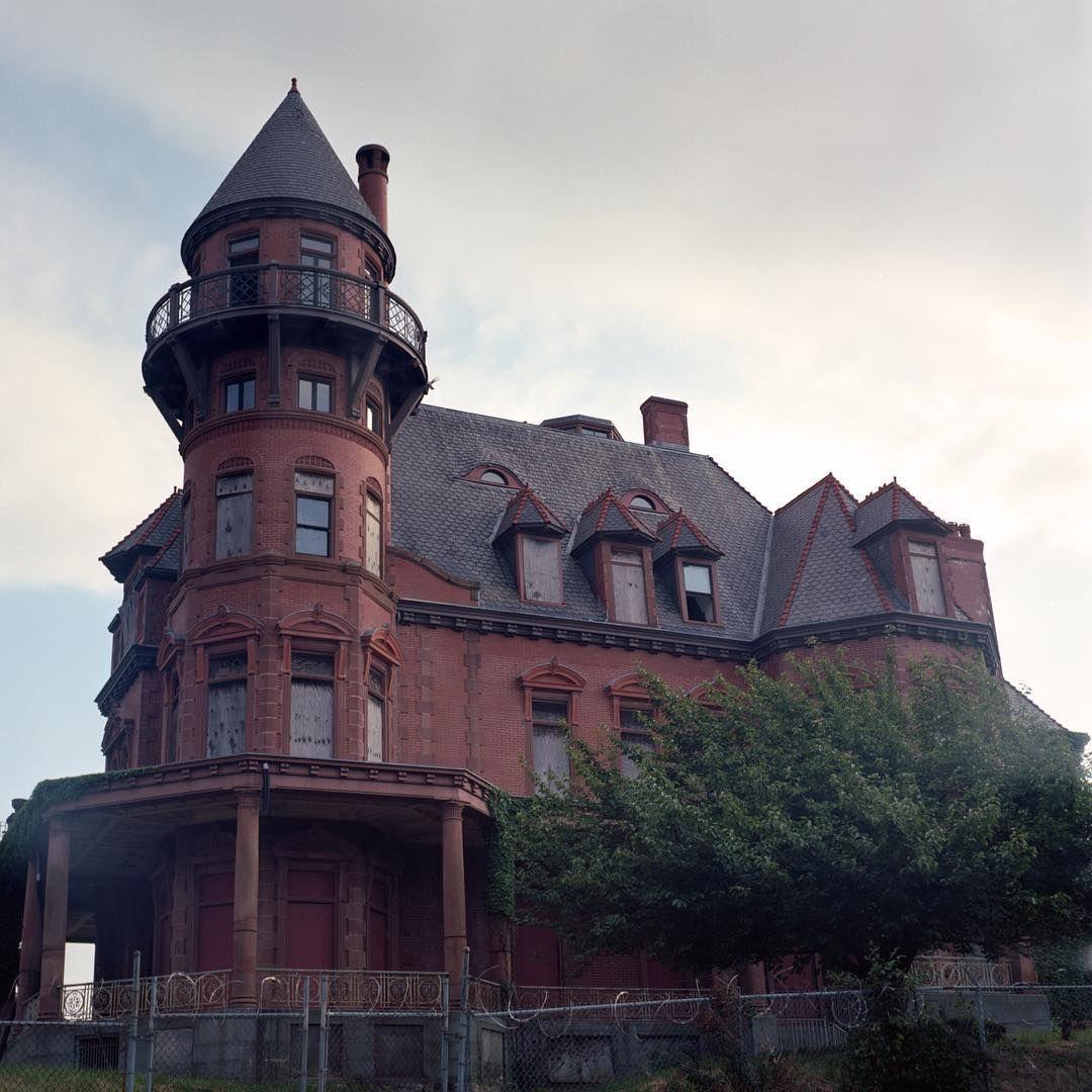 1888 / Krueger-Scott Mansion / Newark (New Jersey)