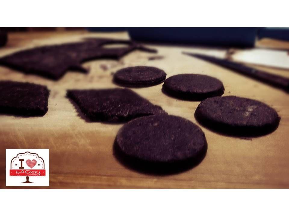 Quasi ogni regione d'Italia ha rielaborato la ricetta di questi biscotti: in Puglia, in Calabria, in Sardegna... I nostri, Abruzzesi, sono quasi pronti... I <3 bAQery #ilovebaqery #abruzzo #laquila #ricetta #biscotti #tradizionenazionali