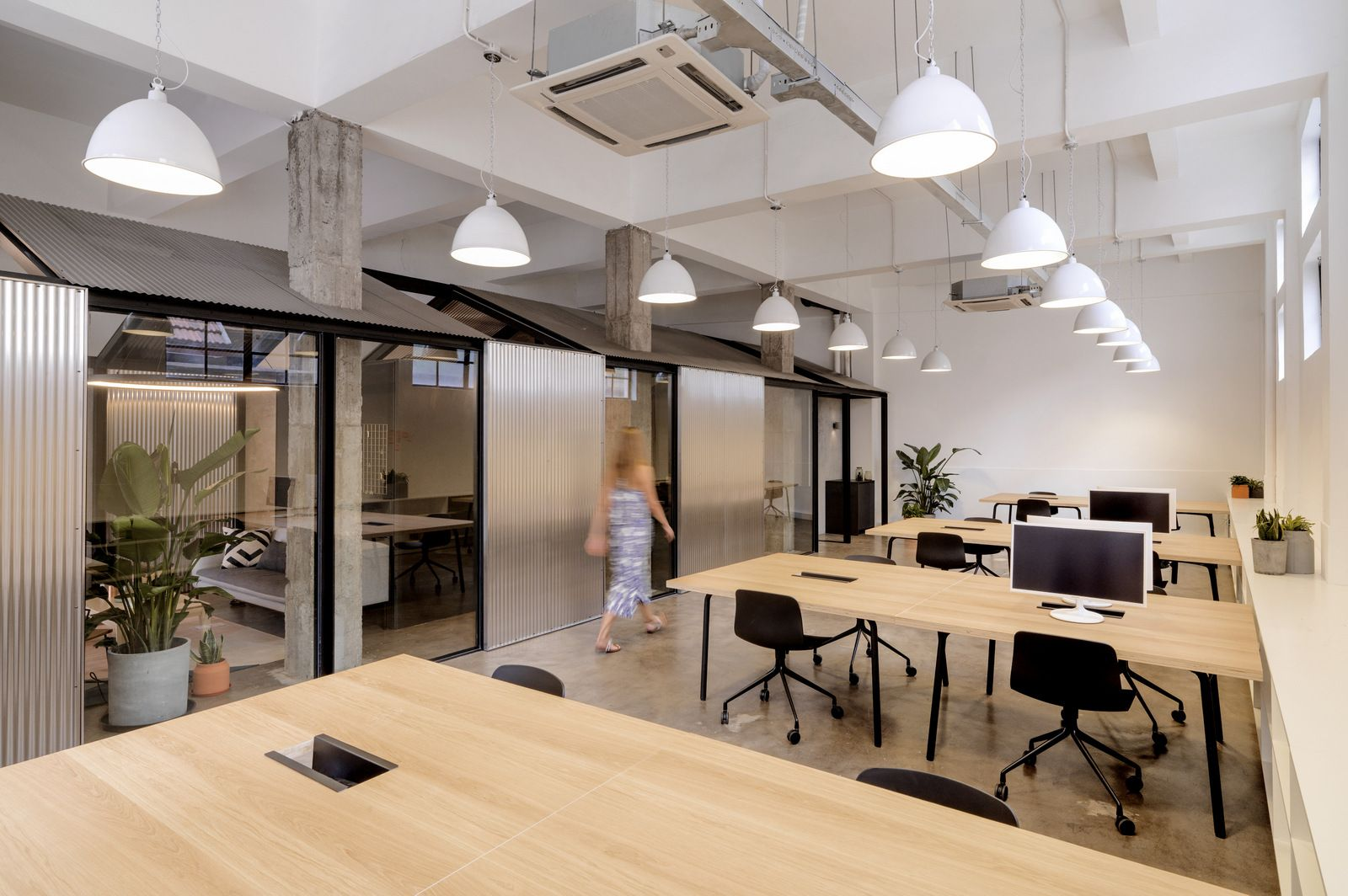 Office Tour: Herschel Supply Offices – Shanghai | Open ...