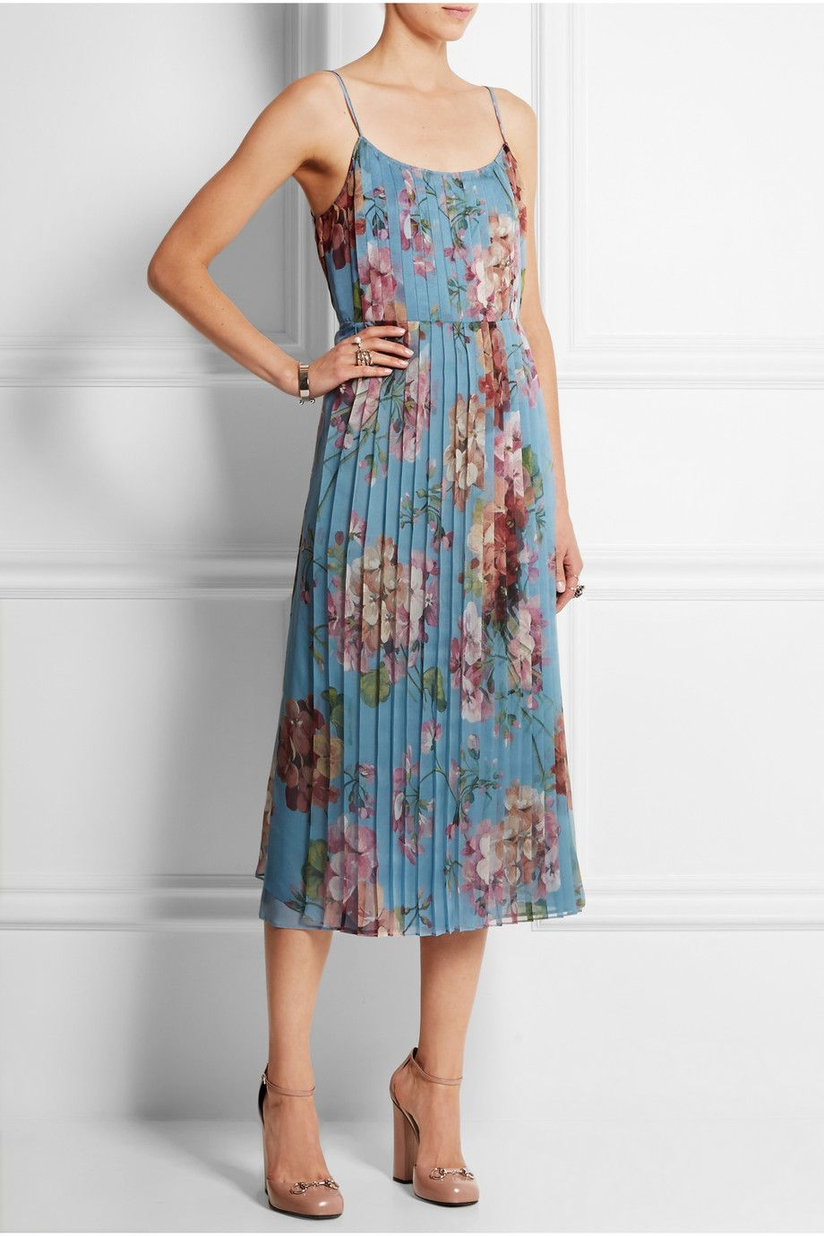 bcf5ac548d42 Gucci | Floral-print stretch-silk dress | style. | Dresses, Gucci ...