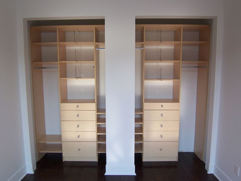 Garde robe de chambre sur pinterest garde robe moderne for Chambre walk in