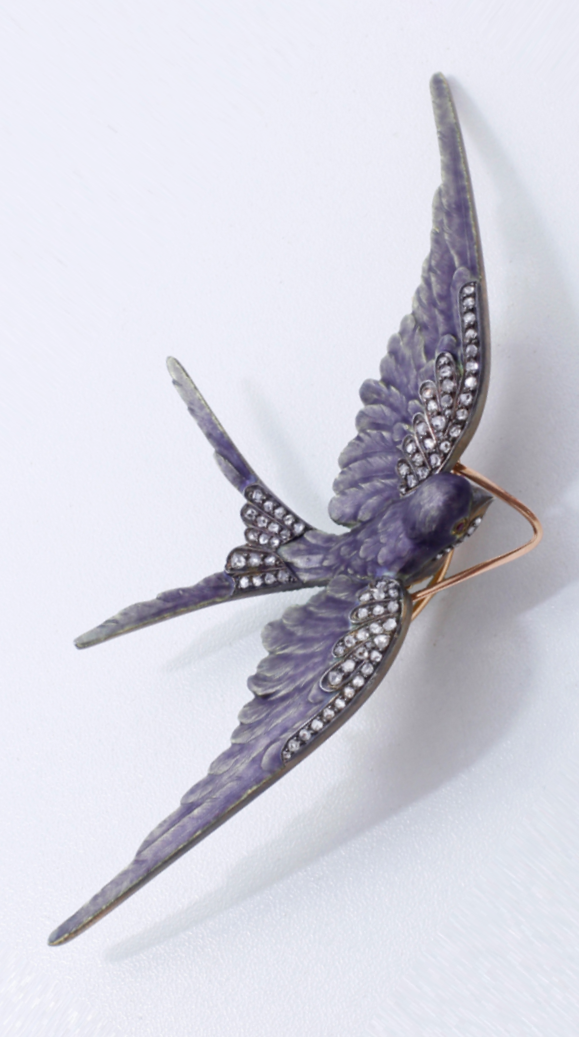 4e43541c3 An antique gold, enamel and diamond swallow brooch, French, late 19th to  early 20th century.