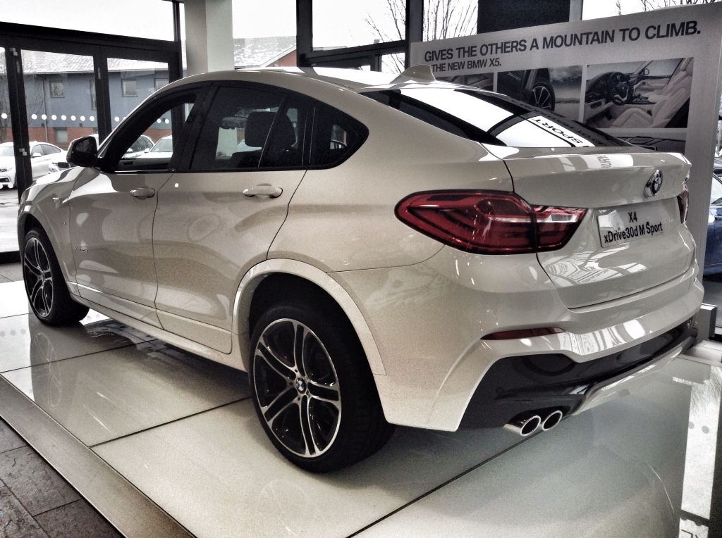 bmw x4 xdrive30d m sport in alpine white at cooper bmw york bmw x4 pinterest bmw x4 bmw. Black Bedroom Furniture Sets. Home Design Ideas