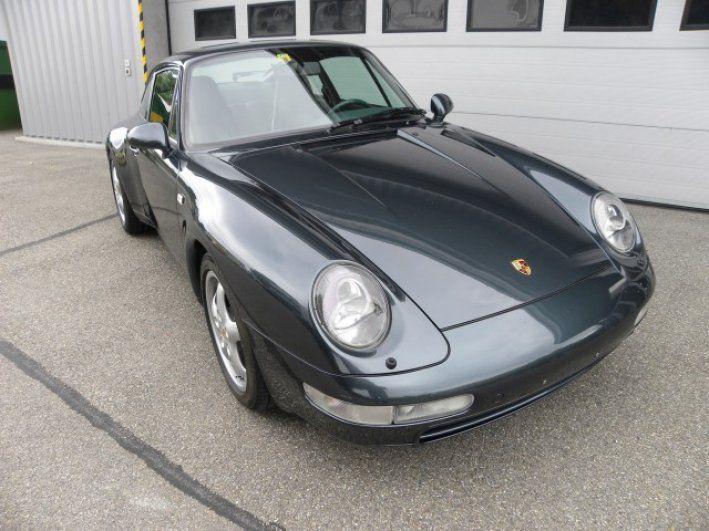 1996 Porsche, 911 Carrera  84993.00 CHF  absolutes, authentisch, unverbrauchtes CH-FZ! .selten noch zu finden mit so wenig km! Wird in absolut, neuwertigen Topzustand 1a v. VOGELSANG AUTOMOBILE an den glücklichen Käufer und neuen Besitzer ausgeliefert. 6 Mt. Garantie! CHF 84'993.00 / CHF 507.00 Ablieferungspauschale. CHF 85'500.00 Eintausch/Leasing bei uns möglich. Wertpotenzial garantiert, schon bald einige Zeh ..  http://www.collectioncar.com/detailed.php?ad=60408&category_id=1