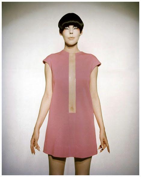 Rudi Gernreich (08 agosto de 1922 - 21 de abril de 1985) foi um designer de moda…
