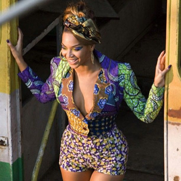 Beyonce in African print shorts I don't care for her, but I love ...
