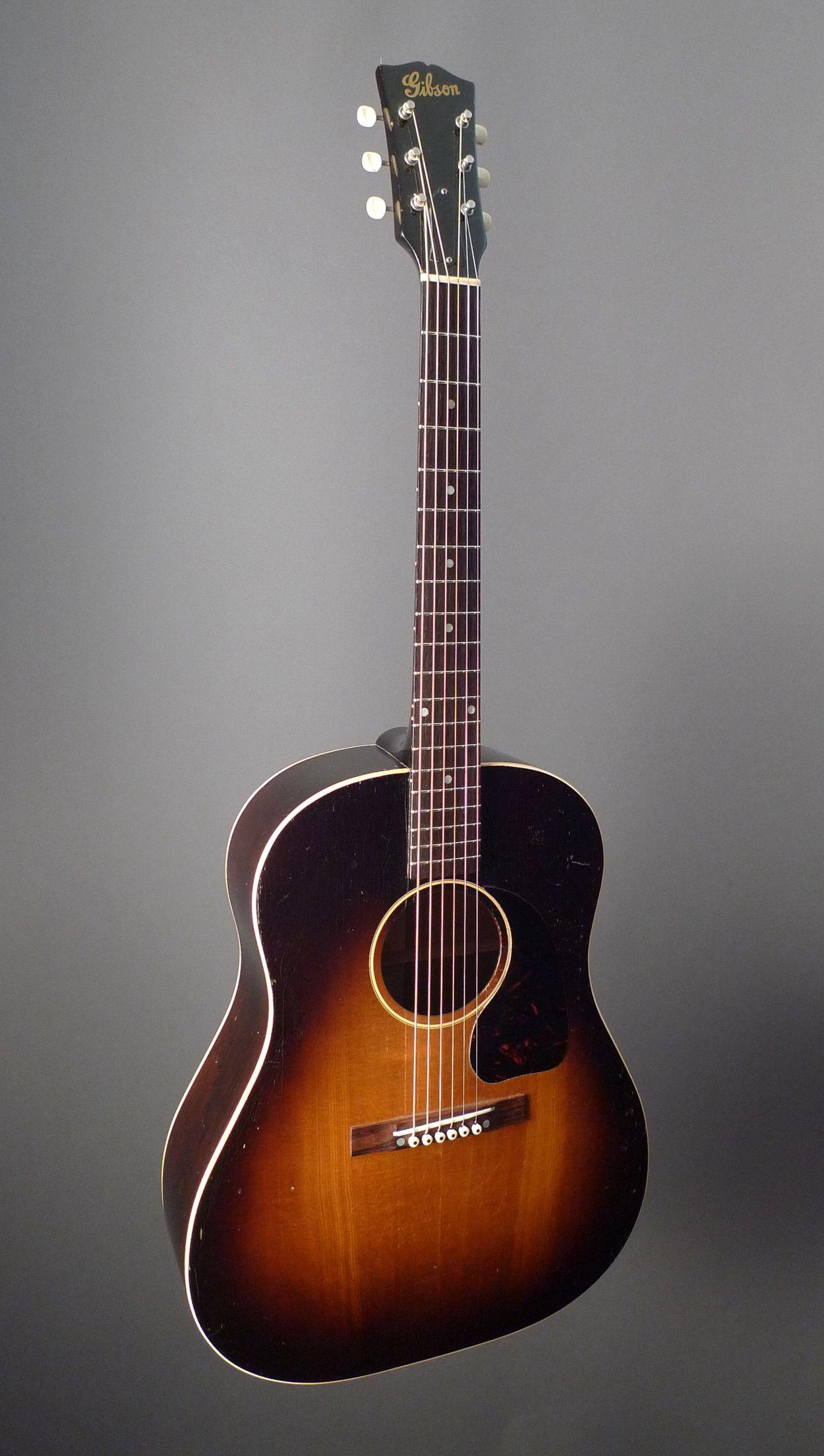 Vintage 1946 Gibson J 45 Acoustic Guitar Guitar Acoustic Guitar Photography Acoustic Guitar