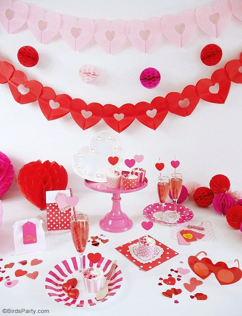 A Crafty Valentine\'s Day Party | DIY party, Craft and Decoration