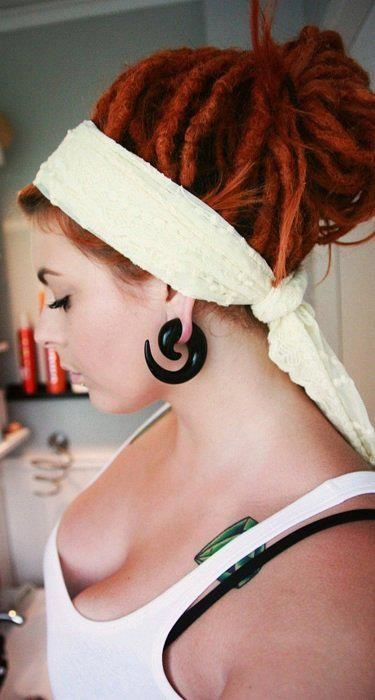 The Best Headbands For Dreads  Headband Hairstyles -4424