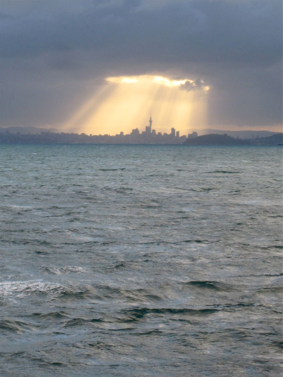 Amazing shot! Auckland, The North Island, New Zealand