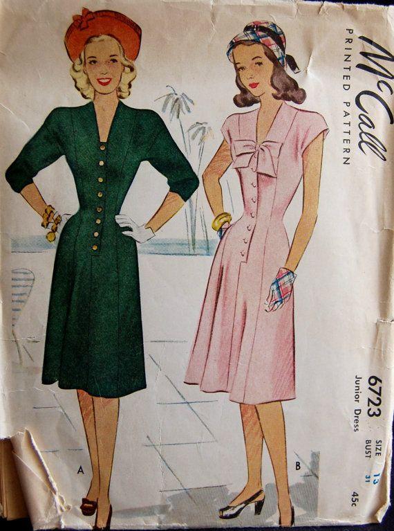Vintage 1946 McCall Junior's Misses' Dress par NostalgiaVintage2, $15,00